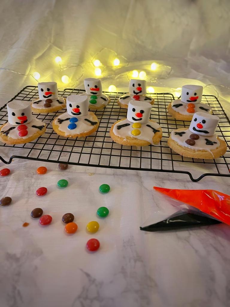 Sneeuwpop koekjes, snowman cookies, melted snowman