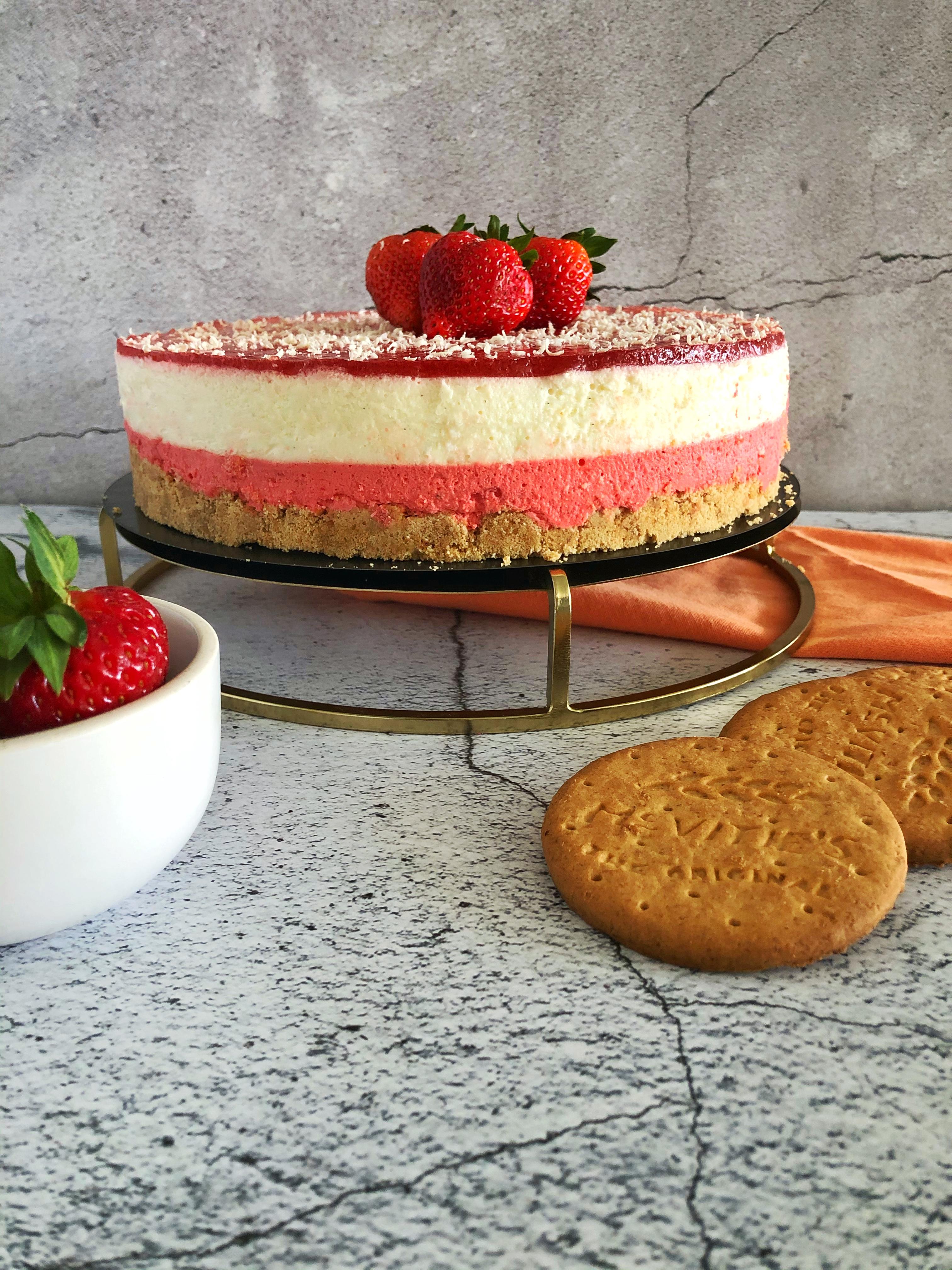 no bake aardbeien cheesecake - bakken met lisanne