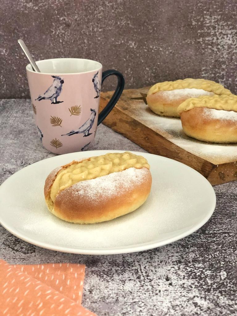 Puddingbroodje, puntje met banketbakkersroom