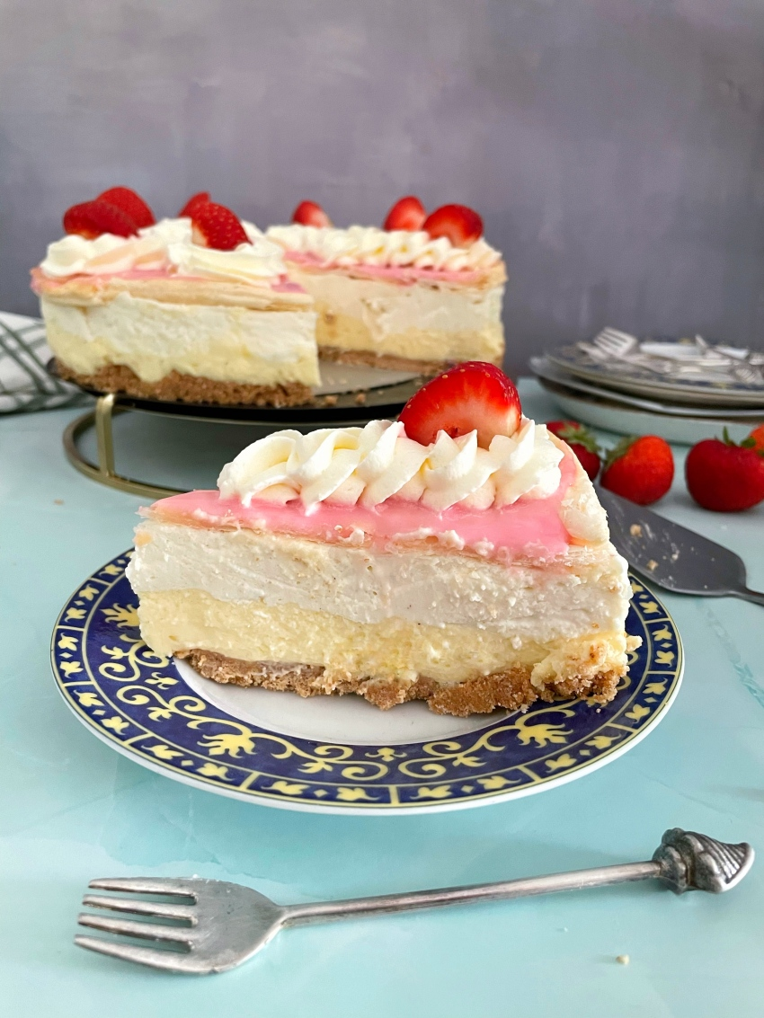 Tompouce Cheesecake/ Tompoes Cheesecake
